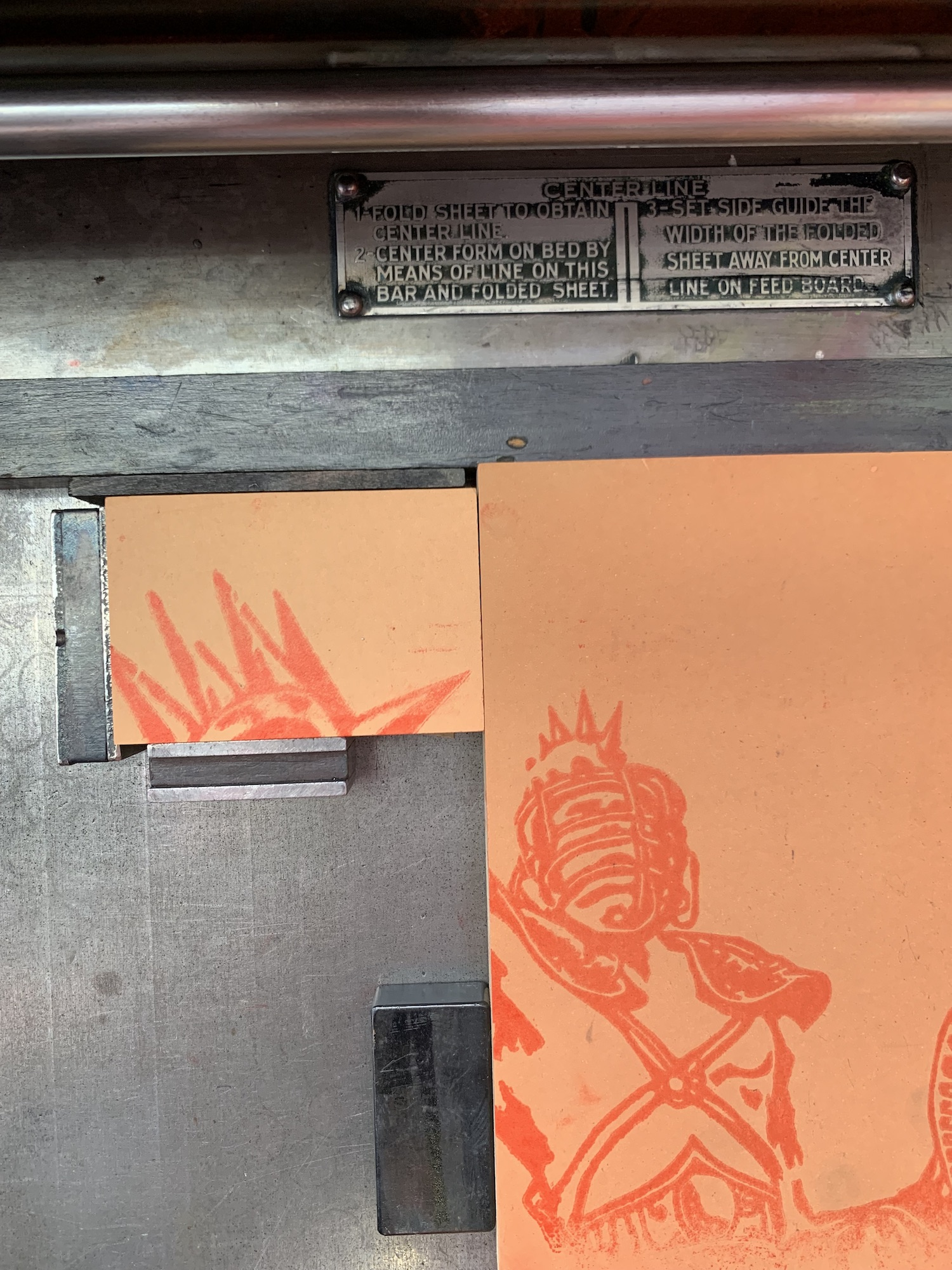 Transfer print from the original block to a new block in order to carve the red highlights